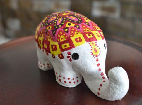Kerajinan Clay Bentuk Gajah