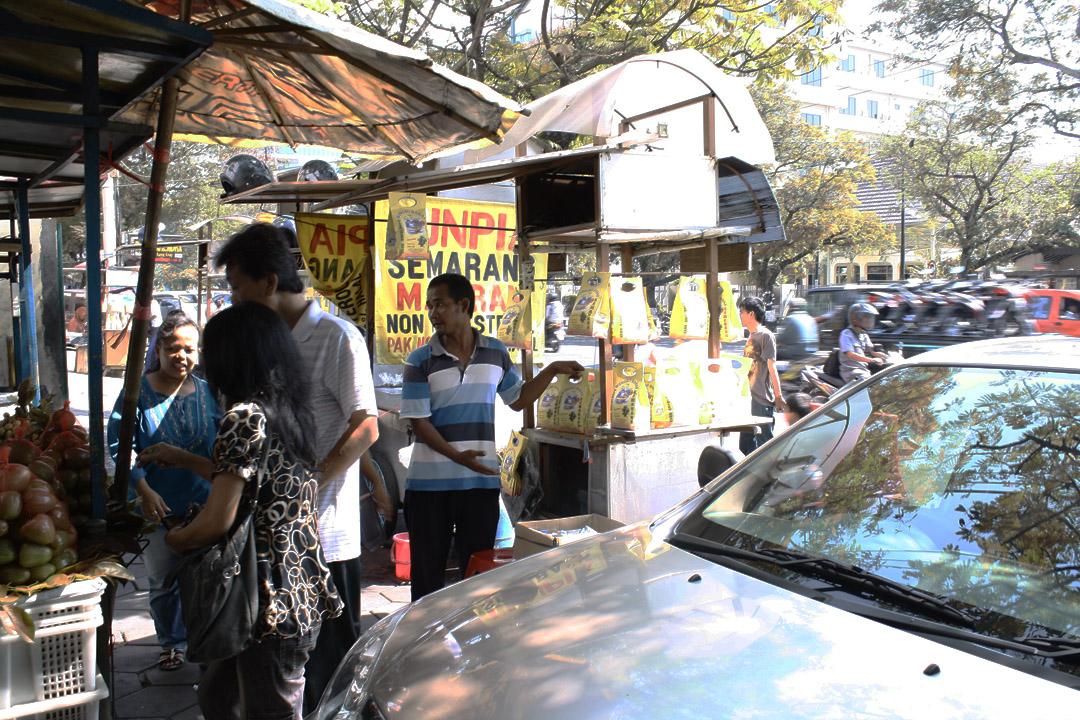 Suasana Jalan Pandanaran Semarang